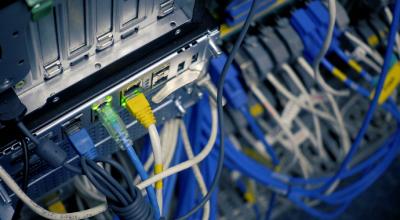 """""""Приватбанк"""" попереджає клієнтів про збої у роботі онлайн-сервісів"""