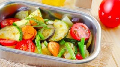 Як харчуватися восени, аби не набрати зайву вагу: поради дієтолога