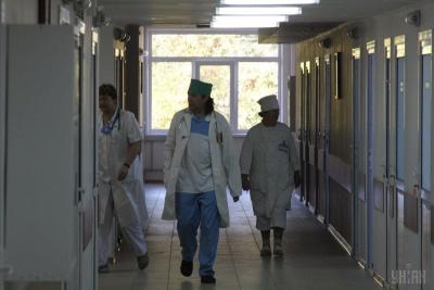 З дитсадка на Хмельниччині з отруєнням госпіталізовано 26 дітей