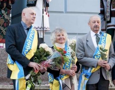 """Троє видатних чернівчан стали """"Почесними громадянами міста"""""""