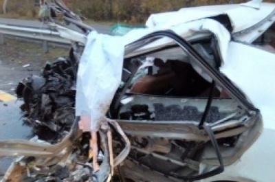 Віз концертне обладнання після VIP-весілля: автомобіль Ані Лорак потрапив у смертельну ДТП в Росії – ЗМІ