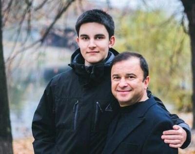 У сина Віктора Павліка виявили рак: співак просить допомогти