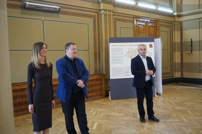 У Чернівцях відкрили виставку пам'яті Голокосту – фото