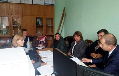 У райцентрі на Буковині планують скоротити п'яту частину працівників міськради