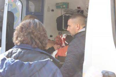 ЗМІ показали фото пораненого в центрі Чернівців