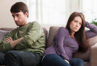 Які фрази не можна ігнорувати у стосунках
