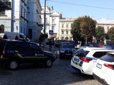 Напад на «валютника» та відправка призовників. Головні новини Буковини за 10 жовтня