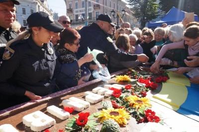 Продан натякнув, що в штовханині під час роздачі тортів у Чернівцях винні журналісти - відео