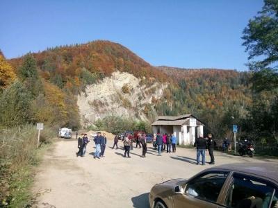 Трасу до Чернівців знову перекрили: автобуси до Путили не відмінили