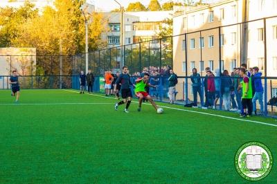 Студенти ЧНУ змагалися за Кубок парламенту з футболу: результати матчу - фото