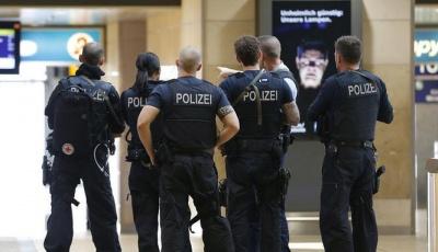 У Кельні знешкодили злочинця, який захопив на вокзалі заручницю