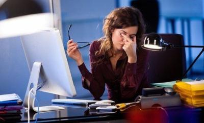 Робота за комп'ютером: які хвороби можна заробити