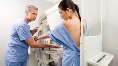 Яка профілактика раку грудей можу бути небезпечною