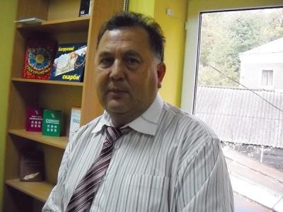 У Чернівцях викладач, якого звинуватили в корупції, написав заяву на звільнення
