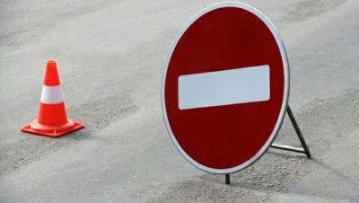 У Чернівцях до кінця місяця перекриють рух транспорту біля обласної лікарні через ремонт
