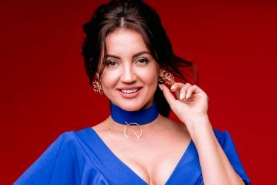 Співачка і ведуча Оля Цибульська збільшила бюст – фото