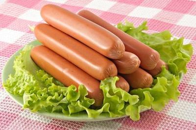 Назвали 5 найнебезпечніших дешевих продуктів харчування