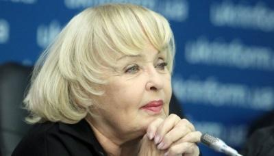 Ада Роговцева стала прабабусею
