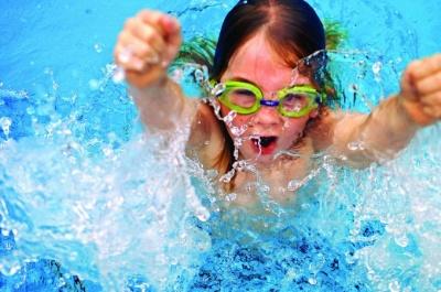 Плавання: третій відкритий кубок Чернівців з плавання об'єднав 124 юнаків і дівчат