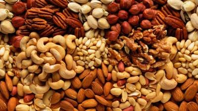 Як правильно обирати горіхи та у якому вигляді їх споживати