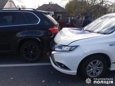 Переплутав педалі: водій BMW, в якого врізалось авто поліції, був п'яним