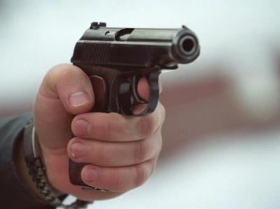 На Буковині прикордонники влаштували стрілянину в ресторані: троє людей отримали поранення - ЗМІ