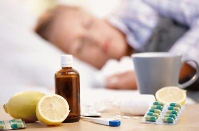 Як застуда пов'язана з поганою погодою: пояснення лікаря