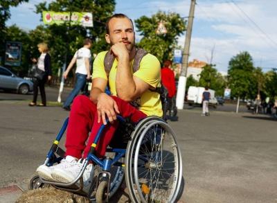 У Чернівцях відбудеться мотиваційна зустріч з мандрівником на візку Дмитром Щебетюком
