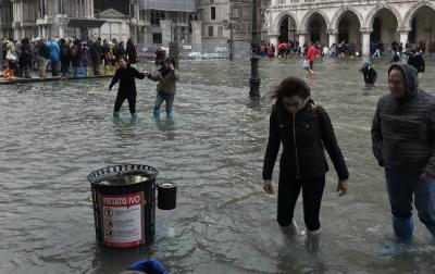 Венеція потерпає від значного підйому води