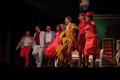 Золоті оплески Буковини: у Чернівцях дебютував Одеський театр музкомедії