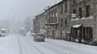 Франція потерпає від сильних снігопадів