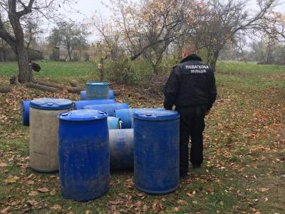 У буковинця вилучили спирту майже на 1,4 млн. грн., який він завіз із Молдови - фото