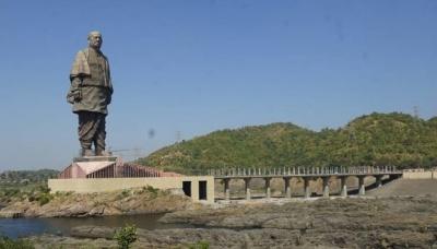 В Індії збудували найвищу в світі статую