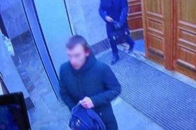 В Архангельську 17-річний хлопець підірвав себе біля будівлі ФСБ
