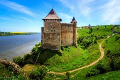 Мобільний оператор запустив 4G ще у двох містах Буковини