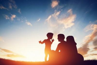 10 фраз, які не можна говорити своїй дитині