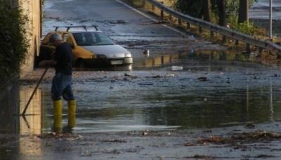 На Сицилії через повінь загинули 10 осіб