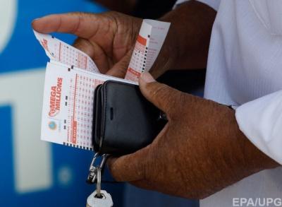Житель Канади виграв в лотерею 7,3 мільйона доларів