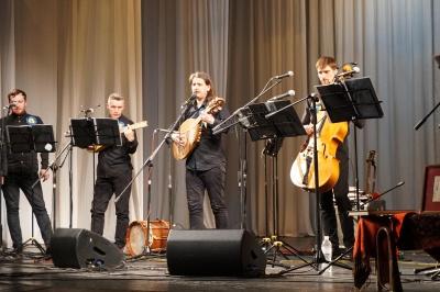 Люди аплодували стоячи: Олег Скрипка та Хорея Козацька виконували пісні Січових Стрільців