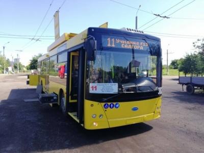 У Чернівцях тролейбус №11 змінює свій маршрут через ремонт на проспекті