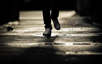 Як правильно висушити промокле взуття