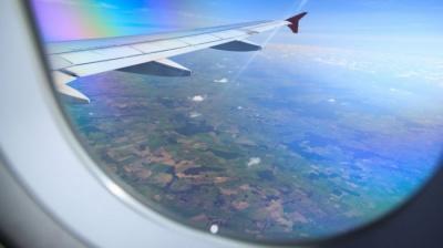 Чим корисні подорожі літаком