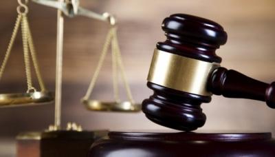 Конституційний суд: Скасування допомоги по догляду за дитиною є законним