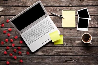 Віртуальна кохання: чого треба уникати в листуванні з хлопцем