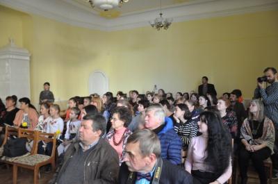 """У Чернівцях презентували трейлер фільму """"Соловей співає"""" - відео"""