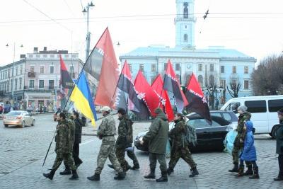 «Правий сектор» змінив керівництво своєї сотні на Буковині
