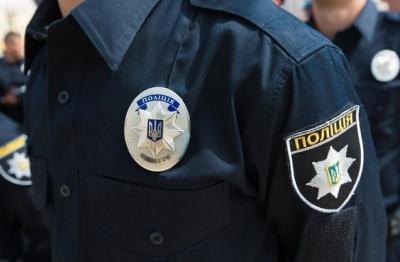 У Києві чоловік покусав та побив двох поліцейських