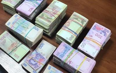 Лише близько 12% українців заробляють понад 15 тисяч гривень
