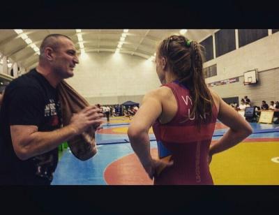 Спортсменку із Чернівців визнали найкращою борчинею на міжнародному турнірі у Берліні