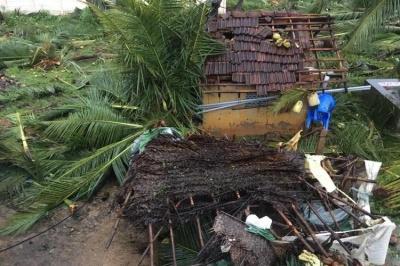 В Індії внаслідок потужного циклону загинули щонайменше 33 людини